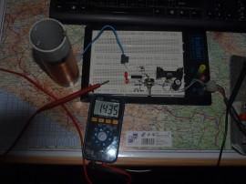 Měření mého nejmenšího sekundáru - spočítáno 1,531MHz, změřeno 1,435MHz