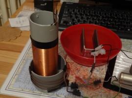 Samotný teslák a MOSFET