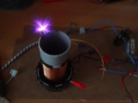 První pokusy, 600VDC