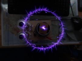 Iontový motor