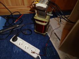 Zmenšení impedance sekundáru k zemi odporem, zjištění, jestli dobře izoluje